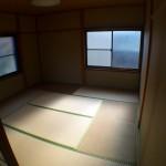 田舎では窓からの冷気がマジハンパないので108円で断熱カーテンを自作した