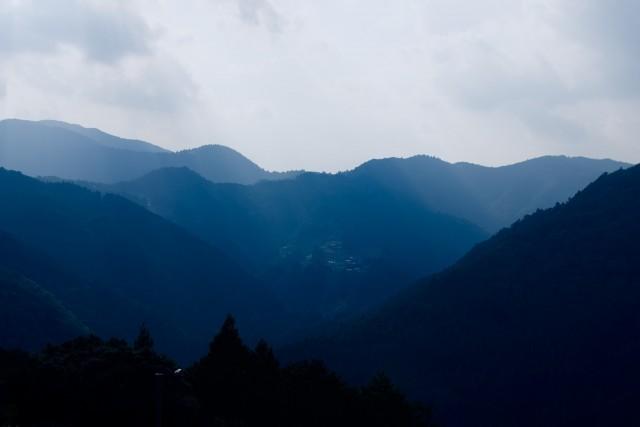 川根の山の中の集落